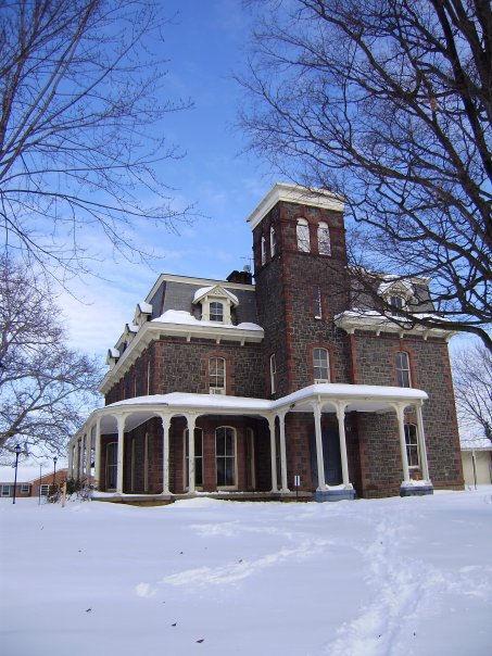 Carlheim_in_snow_Dec2009J